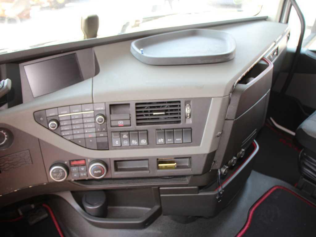 Volvo FH 500 TAHAČ NÁVĚSU EURO 6, AUTOMAT